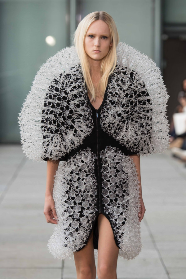 irisvanherpen-3d-printed--fashion-1