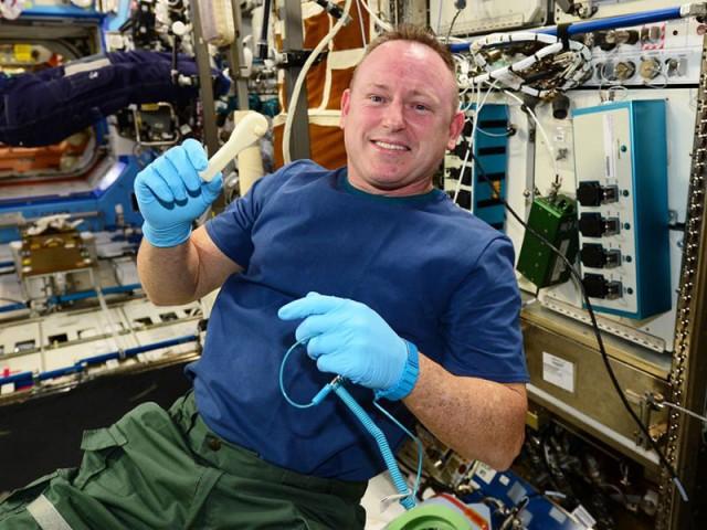ISSで新しいテストに成功した微小重力対応3DプリンターZero-G