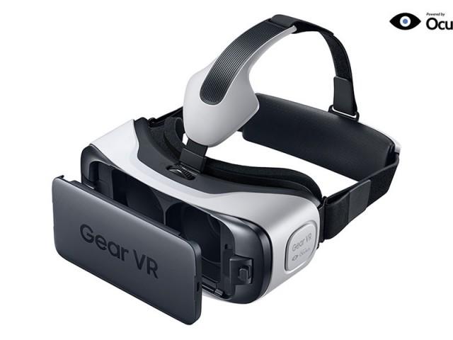 サムスンの最新HDM『Gear VR』がGalaxy S6と共に発売開始