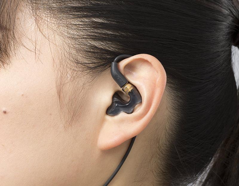 onkyo-ear-monitor-5