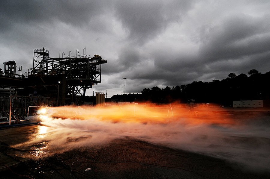 nasa-3d-printed-rocket-engine-1