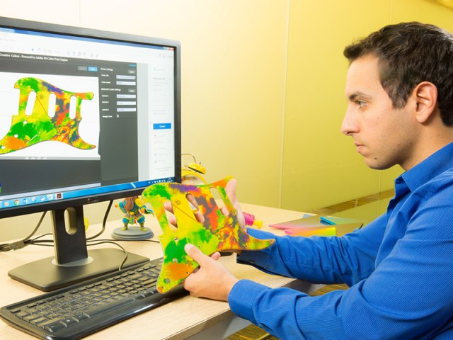 改善したConnex3 3Dカラープリンタは簡素化されたワークフローを構築