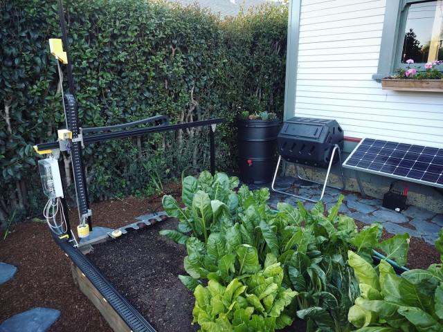オープンソース農業用CNC「FarmBot」予約販売開始