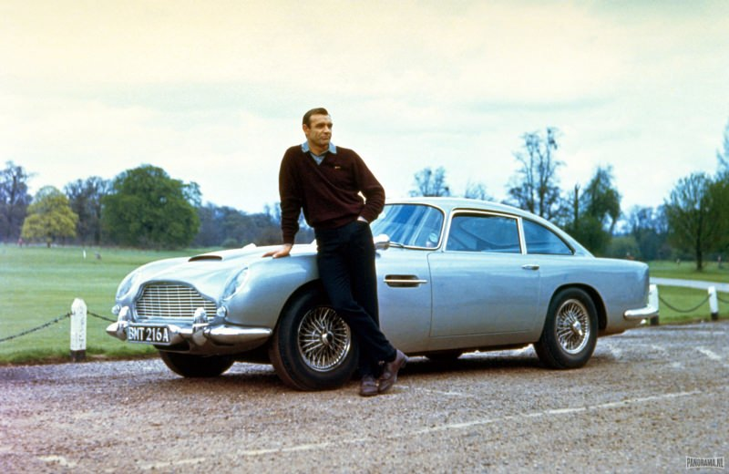 James-Bond-50th_AstonMartin-DB5-2