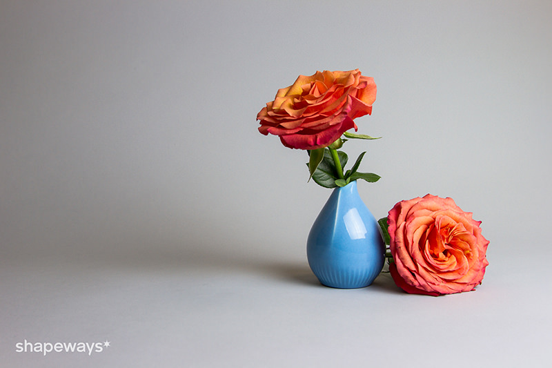 shapeways-vase-light-blue-s