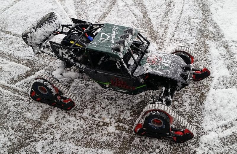 snow-tracks-3